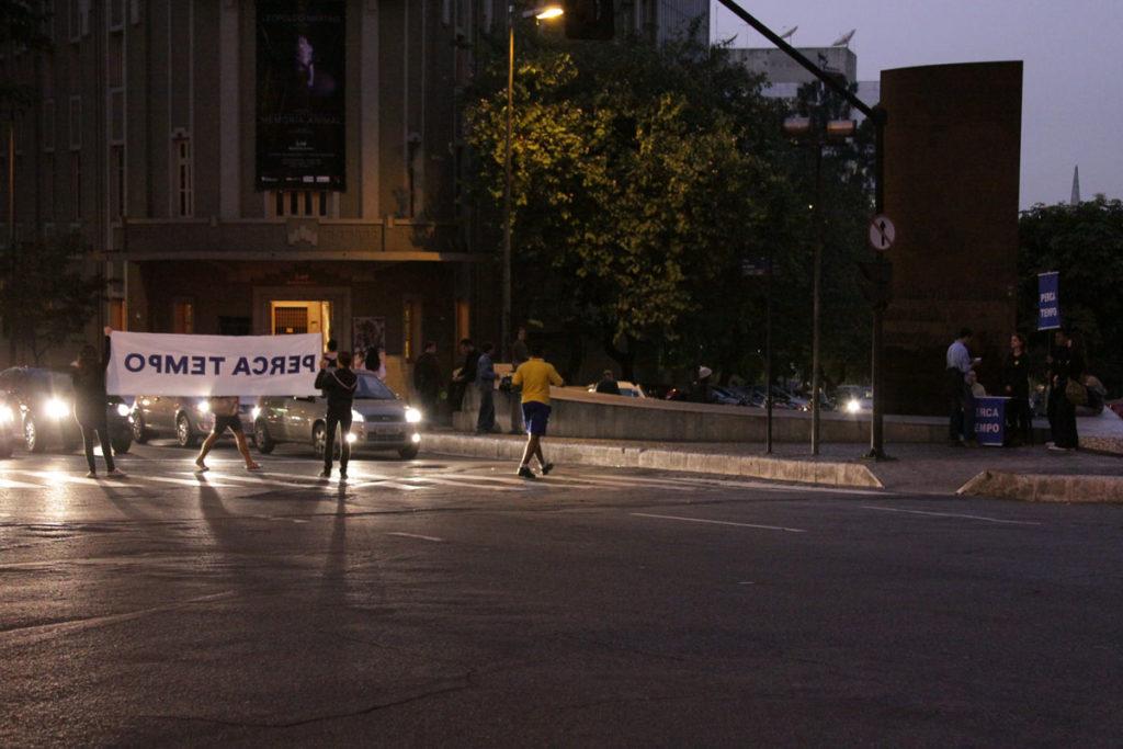 Ação Perca tempo num cruzamento de Belo Horizonte