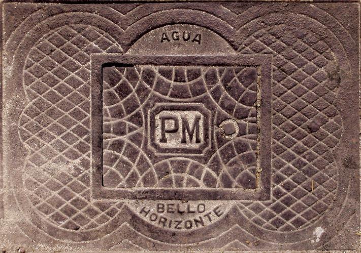 Fotografia de bueiro antigo de Belo Horizonte (Grupo Poro)