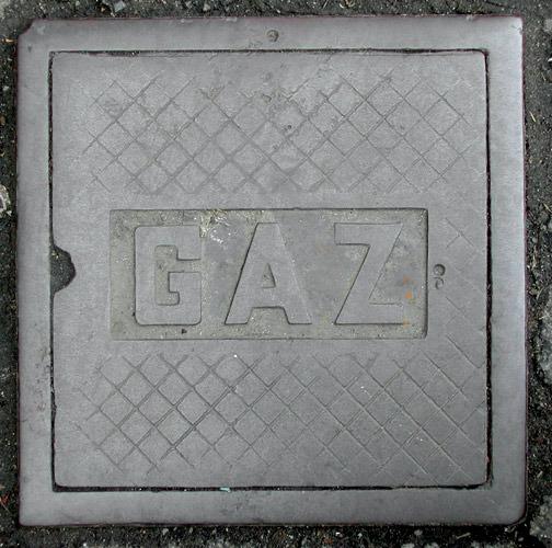 Fotografia de bueiro antigo de Gaz (Poro)