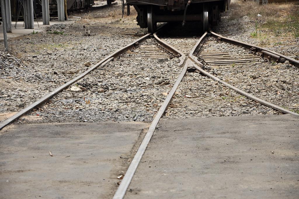 Detalhe de trilhos de trem em Minas Gerais (Poro)