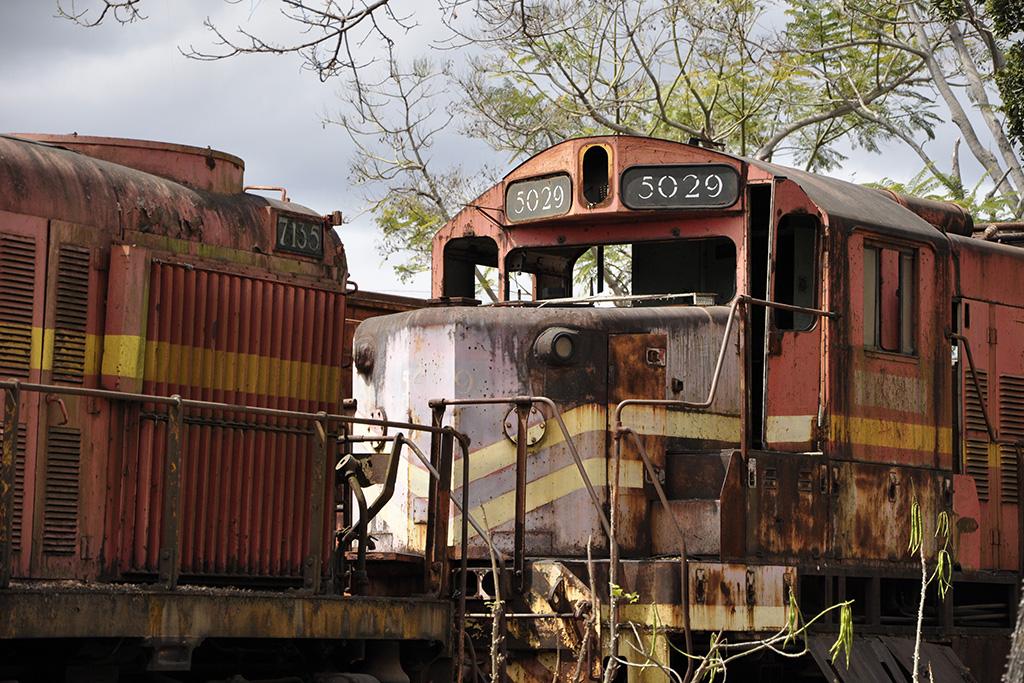 Cemitário de Trens abandonados - Minas Gerais (Poro)