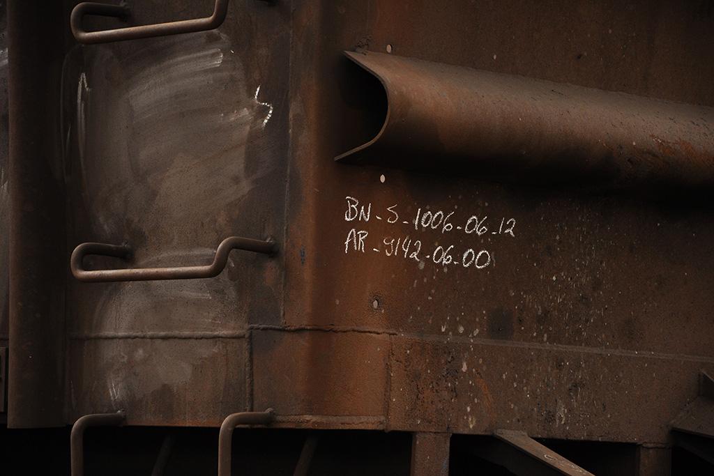 Detalhe de vagão de trem de minério de ferro (Poro - Minas Gerais)